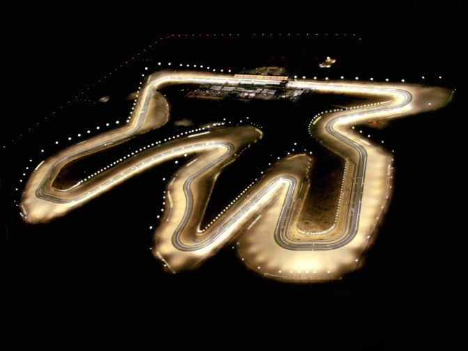 Pista del Qatar vista di notte