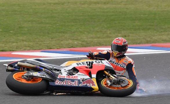 Marquez scivola nel GP di Argentina