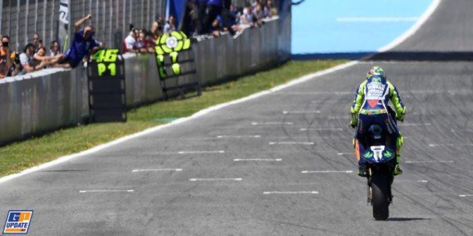 Rossi taglia il traguardo a Jerez